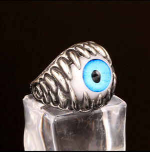 Ring of the evil eye.
