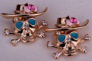 Skull  earrings. -  Ashe Raven