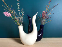 Load image into Gallery viewer, Large Bird Vase