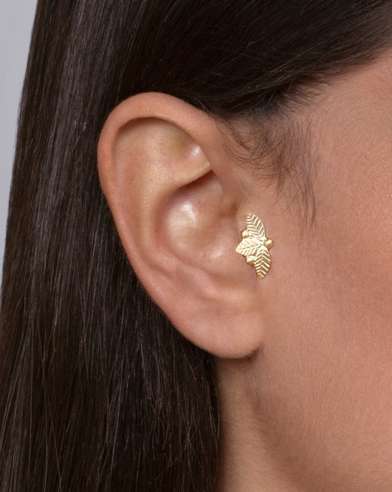 Gold Plated Silver Leaves and Berries Tragus Stud