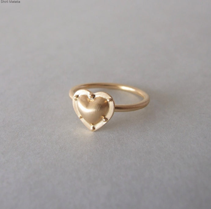 14k Gold Alternative Heart Ring