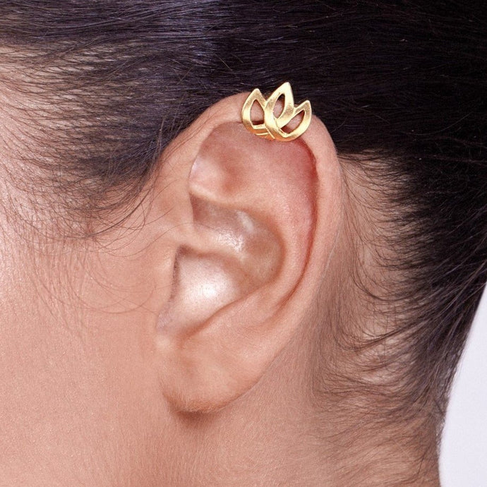 14k Gold Celtic Tulip Ear Cuff