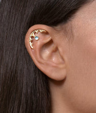 14k Gold Gothic Cartilage Earring with Personalized Gemstone