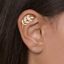 14K Gold Leaves Cartilage Earring with Personalized Gemstone