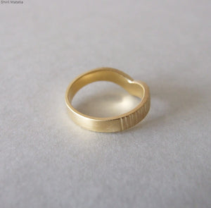 14k Gold Rustic V Shaped Wedding Ring