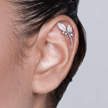 14k White Gold Leaves and Berries Helix Earring