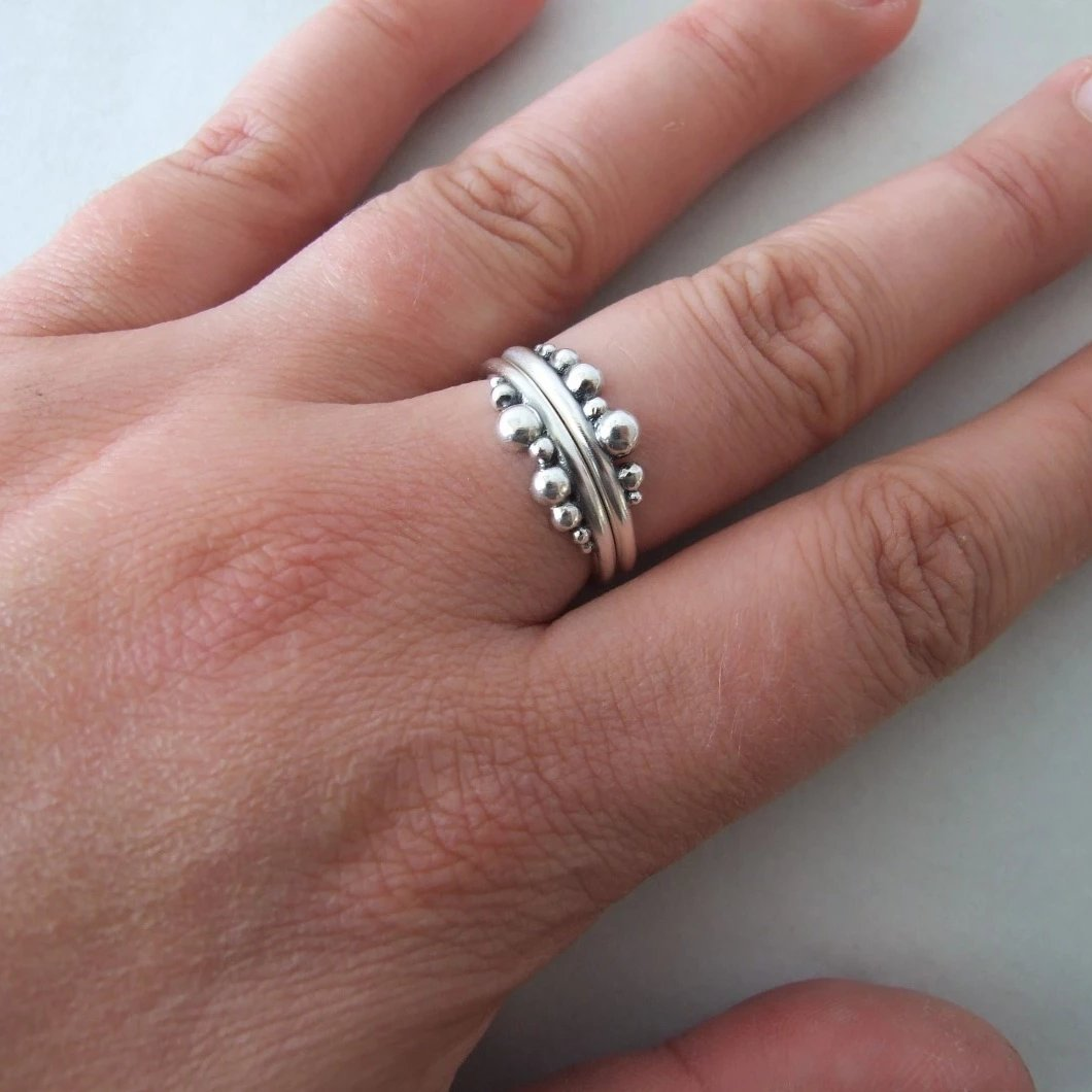 Set of two Silver One-Sided Berries Rings