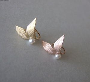 14k Gold Wings Ear Cuff with Pearl