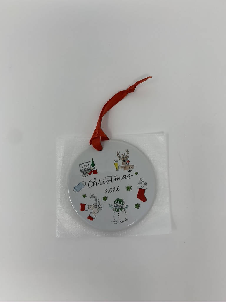 "White Circular Ceramic Ornament: ""Christmas 2020"" Text & Graphic"