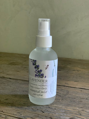 lavender essential oil mist