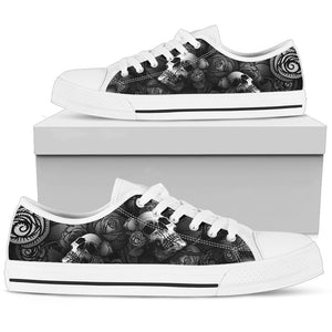 Black and White Skulls with Roses - Low Top Shoe (Women's)