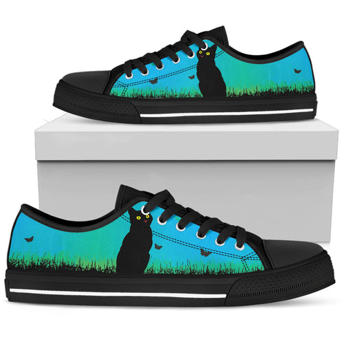 Black Cat on the Prairie - Low Top Shoe (Women's)