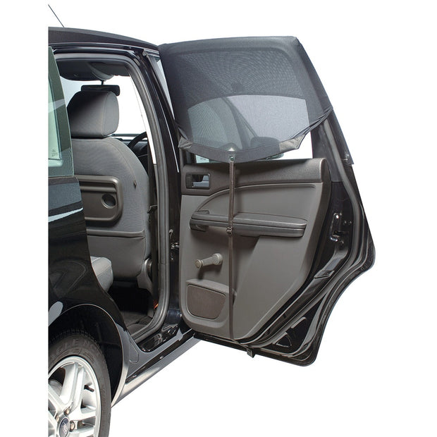 As recommended by the Australian Skin and Cancer Foundation, the Outlookbaby Autoshade is a specially designed car window shade, that covers the whole window to protect rear seat passengers from strong sun, glare, heat and insects.