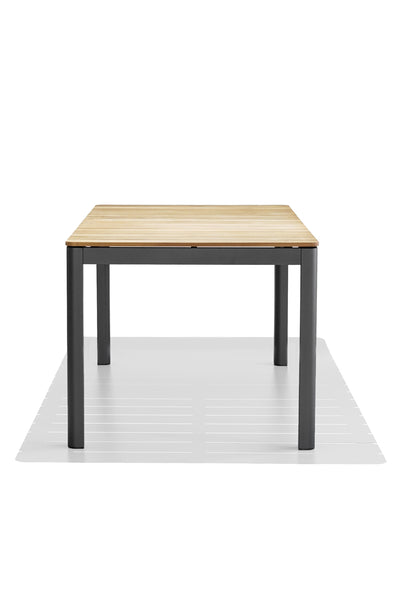 PIPPA dining table - Teak