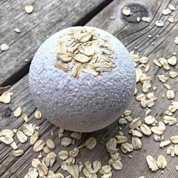 Handmade and Natural Bath Bomb Bombs Away - Natural Bath & Co. Oatmeal & Vanilla Bath Bomb