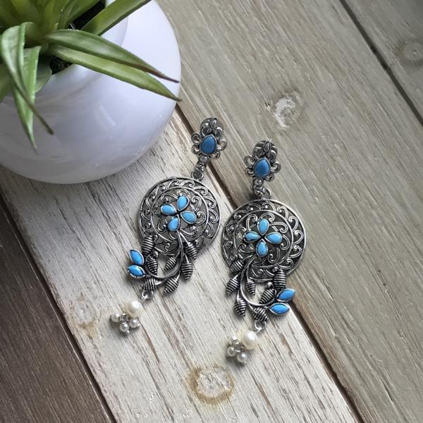 Handmade and Natural Earrings The Serene Life Jhumka Earrings - Stones