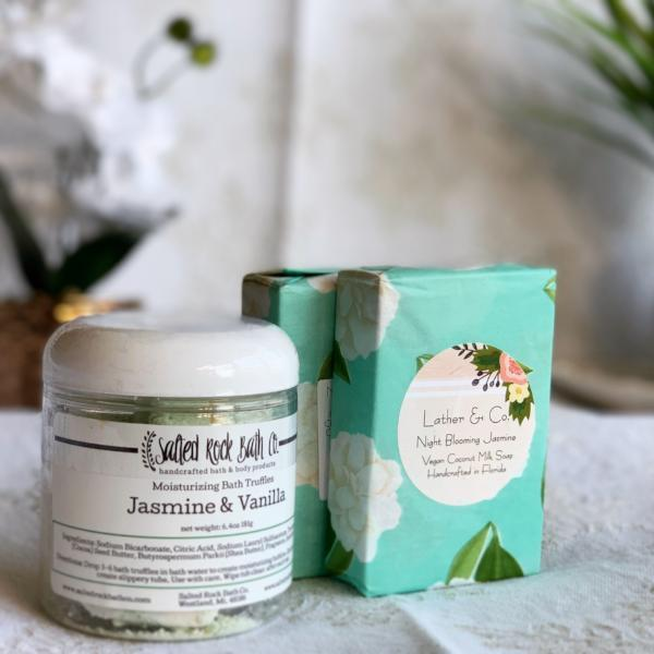 Handmade and Natural Gift Set The Serene Life Jasmine Gift Set