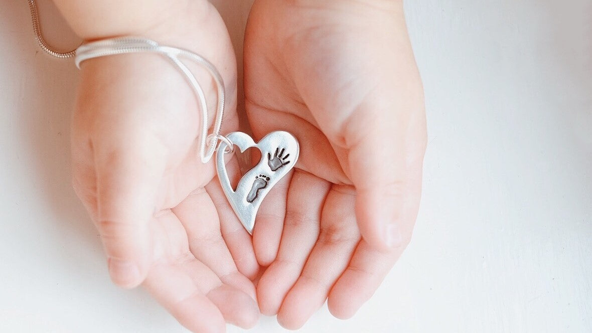 baby handprint necklace
