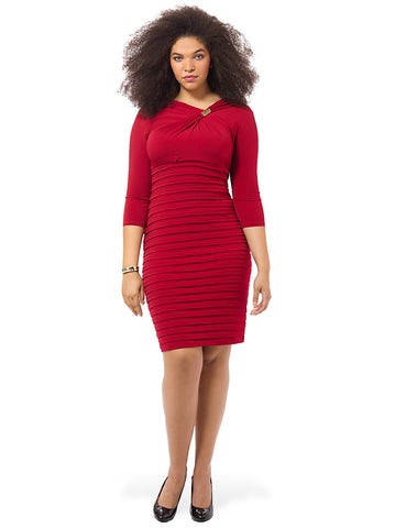 Shutter Sheath Dress In Red