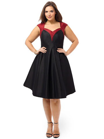 Dita Holiday Dress In Black & Dark Red
