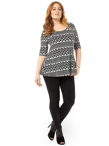 Thea Tunic In Black & White Chevron