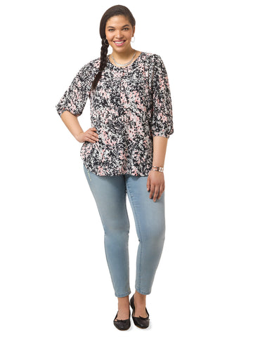 3/4 Sleeve Top In Secret Garden