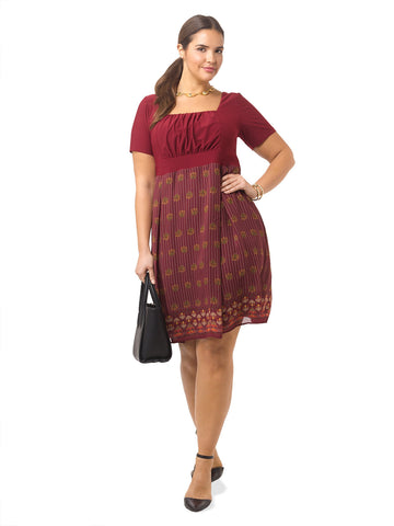 Hayleigh Dress In Garnet Chateau