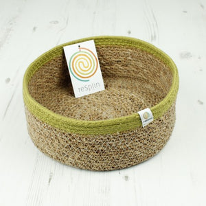 Shallow Seagrass & Jute Basket - Medium - Natural/Green - The Wild Tree