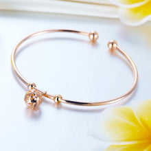 Load image into Gallery viewer, Solid 18K/750 Rose Gold Flower Ball Bracelet
