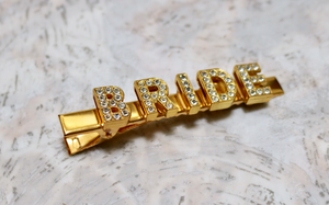 * Customize any 1-7 letters (gold clip) choose letter color