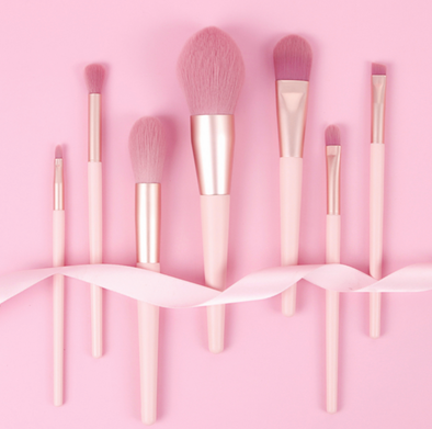 Pro Glow Pink Artistry Makeup Brushes