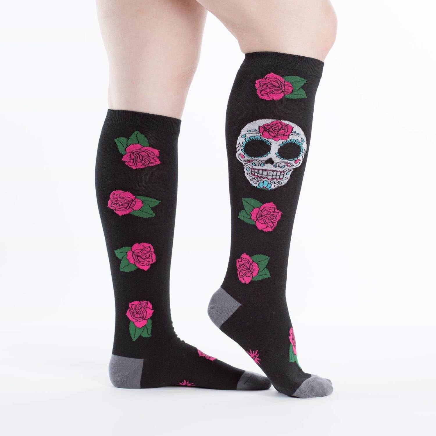 Calcetines-mujer-calavera-sock-it-to-me