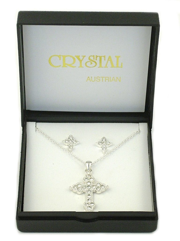CRYSTAL CROSS NECKLACE SET IN PRESENTATION BOX