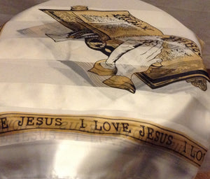 I LOVE JESUS SCARF WHITE WITH OPEN BIBLE