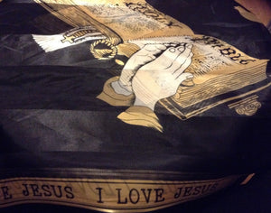 I LOVE JESUS SCARF BLACK  WITH OPEN BIBLE