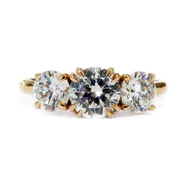 VICTORIA DIAMOND RING