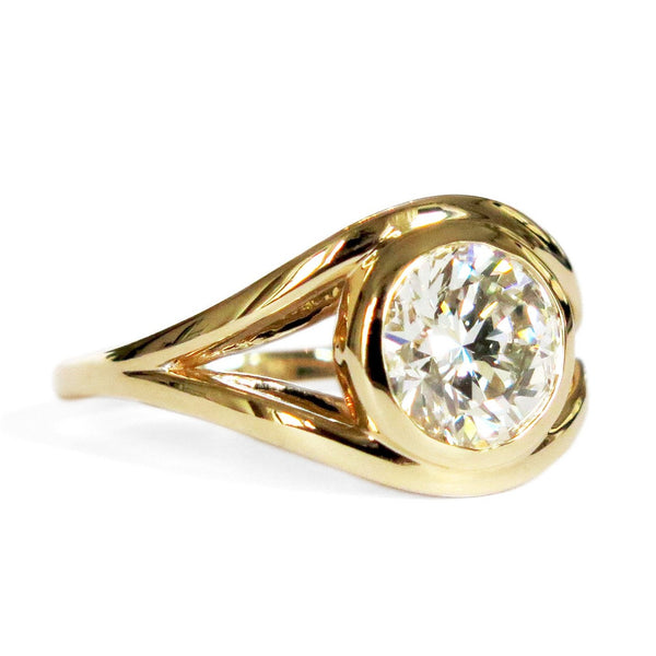 Nicoletta Modern Sculptural Engagement Ring in Yellow Gold