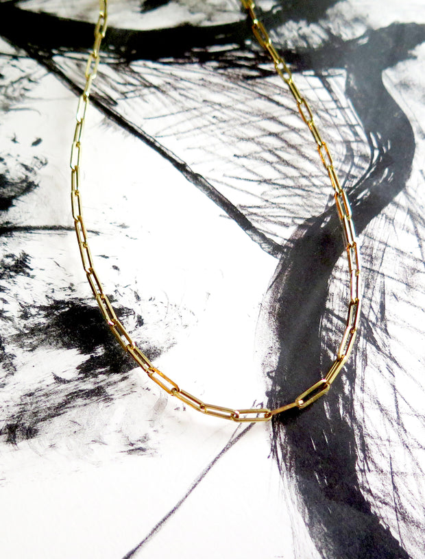 Paperclip necklace chain in yellow gold