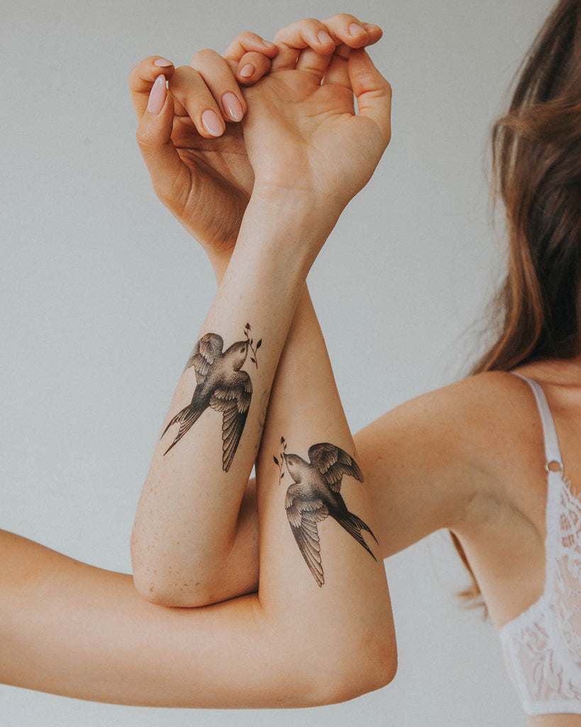 "Tattoo ""Doves"""