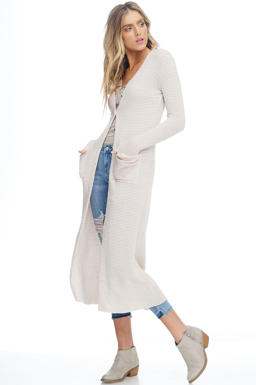 W18-010 Long Knit Buttoned Cardigan