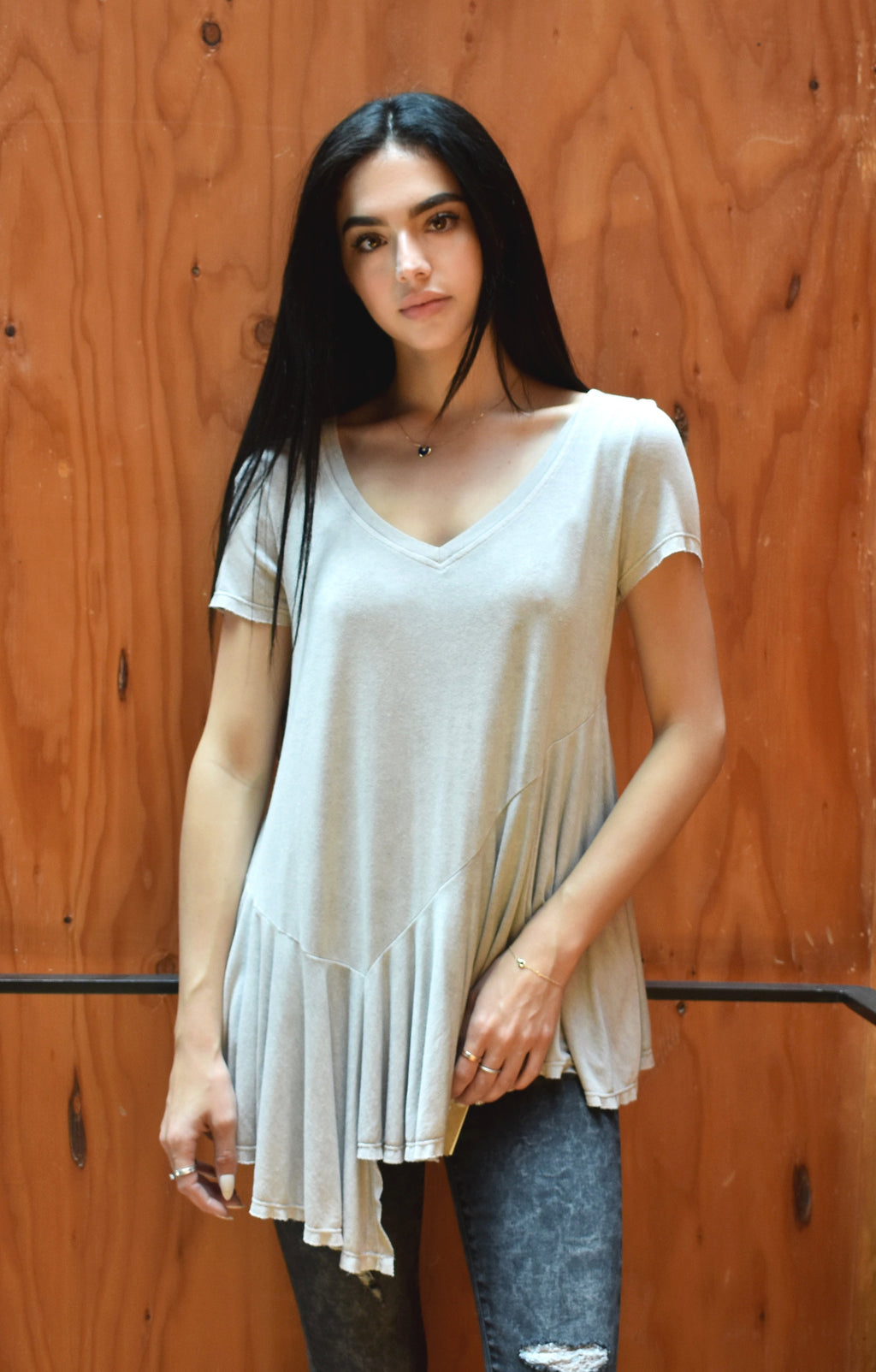 S17-220 Gathered Hem T-Shirt