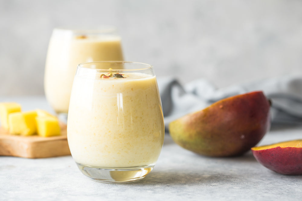 ::Recipe: Vanilla-Mango Mama Breastfeeding Smoothie