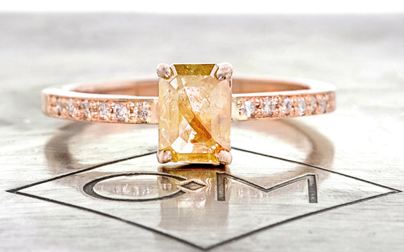 .92 Carat Amber Diamond Ring in Rose Gold rotating view on logo