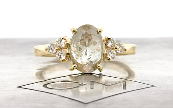 1.35 Carat Sparkling Icy White Diamond Ring in Yellow Gold
