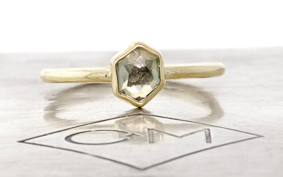 .88 Carat Hand-Cut Morning Fog Montana Sapphire Ring in Yellow Gold