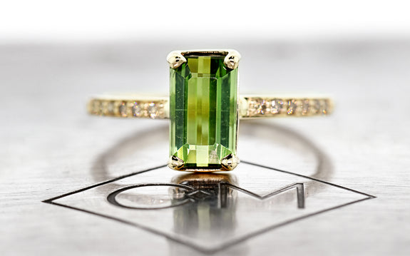 1.73 Carat Green Tourmaline Ring on logo