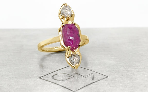 SANTORINI Ring in Yellow Gold with .59 Carat Salt and Pepper Diamonds and 2.08 Carat Ruby