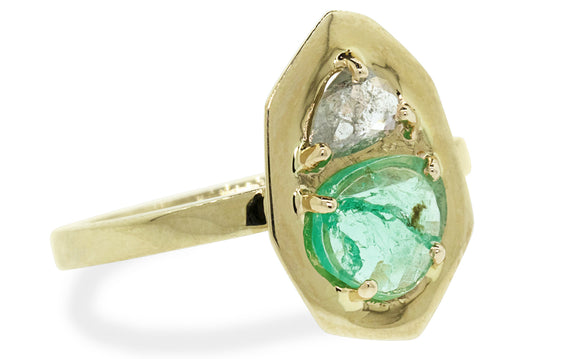 Emerald and Diamond ring rotating view