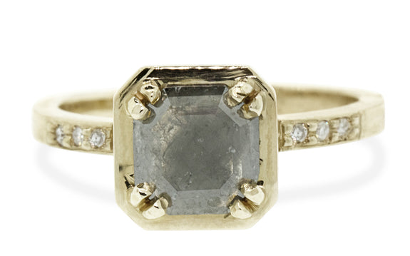 .97ct Gray Diamond Ring worn on model's hand