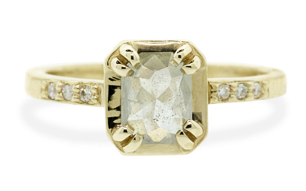 MAROA Ring in Yellow Gold with .74 Carat Icy White Diamond